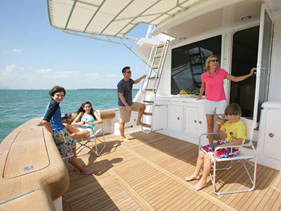 Safe Family Yachting Guide